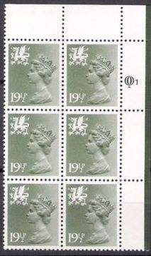 1982 GB - Wales SGW51 (XWL32) 19½p (Q) CYL Q1 Row 1 (6)