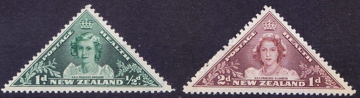 1943 NZ - SG636-637 Health: Triangular Set (2) MM