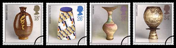 1987 GB - SG1371-74 Studio Pottery Set of 4 GU