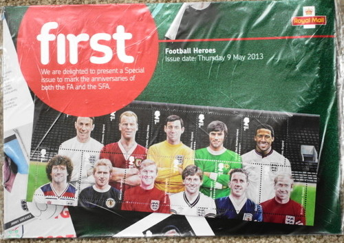 2013 GB - Royal Mail First Magazine - Football Heroes