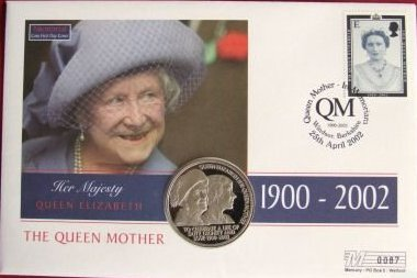 2002 - StH - Queen Mother Memoriam Crown - Coin Cover (1)
